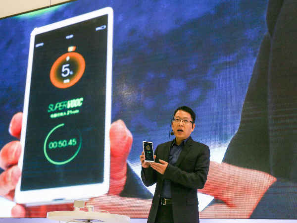 Oppo can now fully charge your phone from 0 to 100% in 15 minutes!