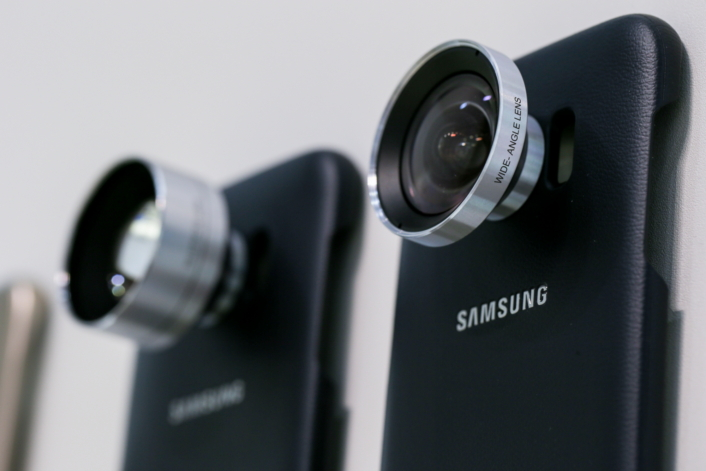 In Pictures: Samsung Galaxy S7 Smartphone Series Camera Lens