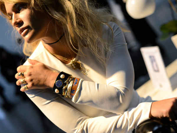 Top 10 Smart Wearables With A Blend of Fashion And Tech