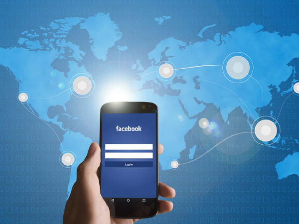 Indians access Facebook 2.4 times more than Twitter: Study