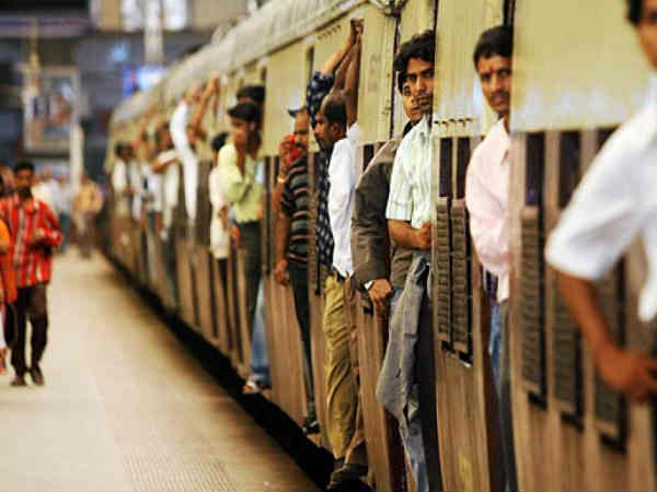 Just Give A Missed Call To Know If Mumbai Local Will Arrive On Time