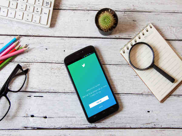 Twitter says goodbye to direct message bot