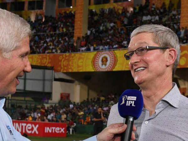 Apple CEO Tim Cook Enjoyed IPL Match