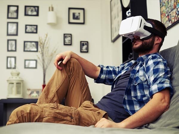 5 cool reasons for gamers to buy VR headsets