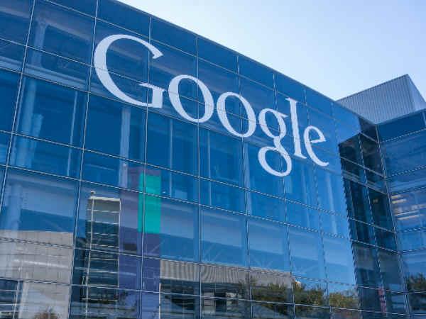 Google patent glues pedestrians to self-driving cars