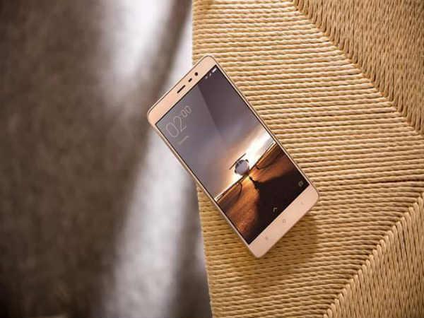 Moto G4 Plus vs Xiaomi Redmi Note 3: Battle of the mid-range 4G Phones