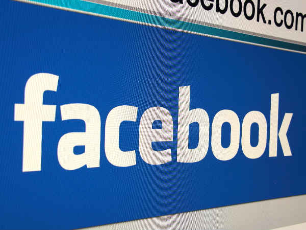 Facebook face-tagging in photos targeted in lawsuit
