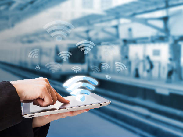 Three railway stations get free Wi-Fi service