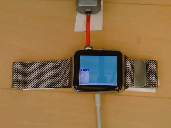 See What Happens When You Install Windows 95 on Apple Watch!