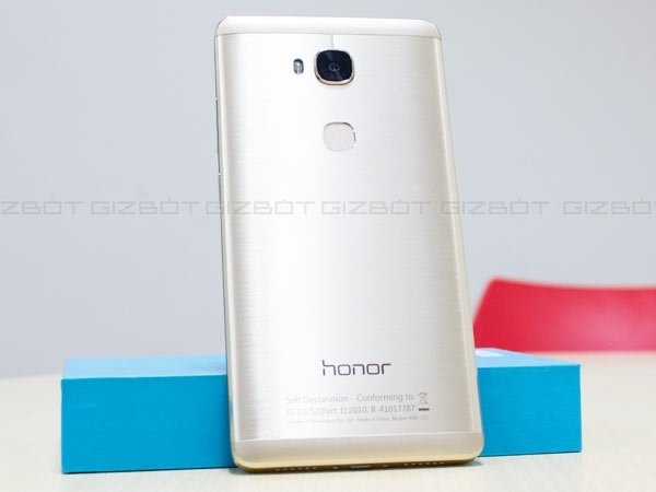Huawei Honor 5X vs OnePlus X: The battle of the mid-range competitors
