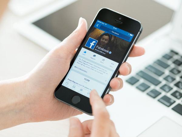 'Trending Topics' row: Zuckerberg to meet conservative leaders