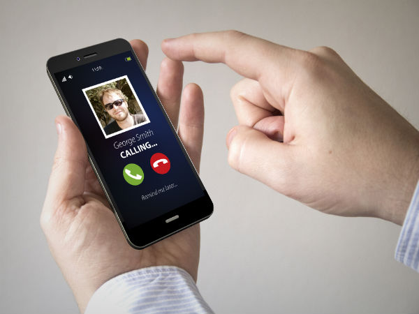 WhatsApp Scams: WhatsApp Gold, Voicemails, Spy, What Else? Take a Look