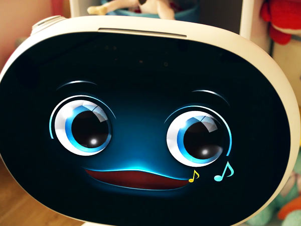 Here are 5 cool features Asus' Zenbo smart robot
