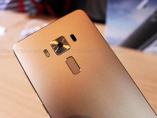 The Pros and Cons of Asus Zenfone 3, Deluxe & Ultra Smartphones