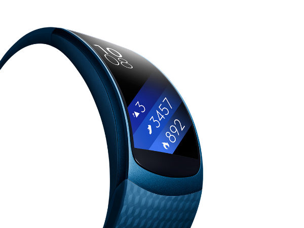 7 awesome features of Samsung's updated Gear Fit 2