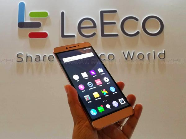 Le Max 2: 10 Reasons Why You Should or Shouldn't Buy the Flagship