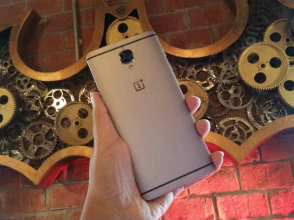 OnePlus 3 OxygenOS 3.2 Update Halted Temporarily: All You Need to Know