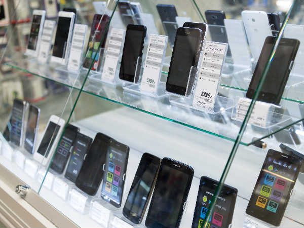 Smartphone shipments in India grew 15% in Q2: Report