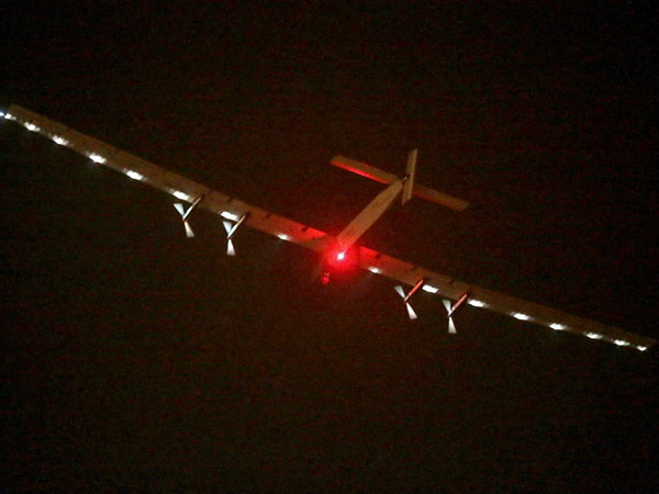 Solar plane takes off from Spain for Egypt