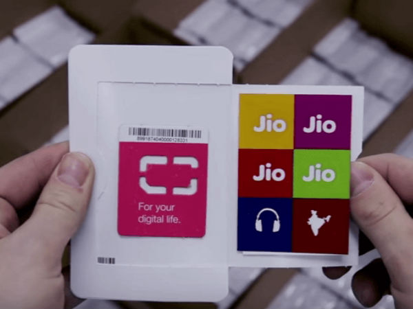 All Jio apps should be installed