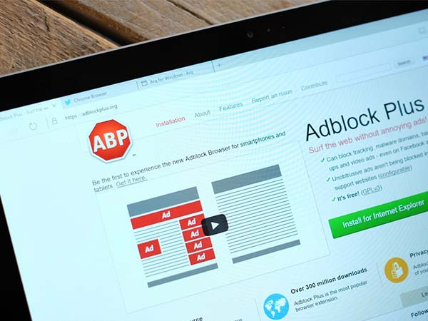 Adblock Plus Blocks the Ads Showing on Your Timeline