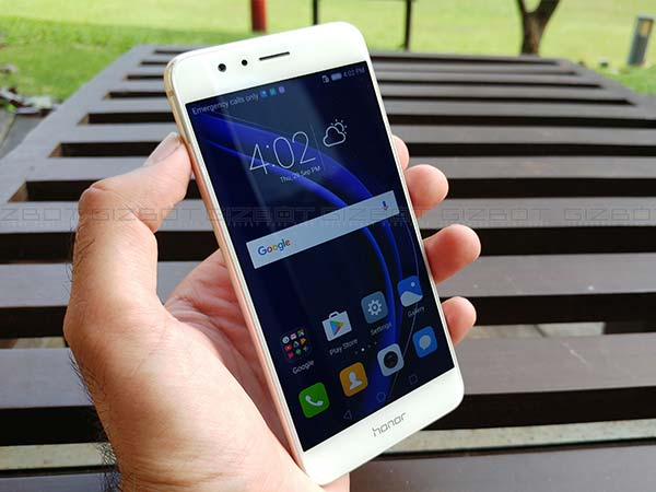 Honor 8 First Impressions: A promising mid-range Android smartphone