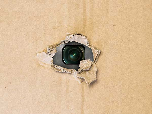 How to Detect Hidden Cameras in Trial Room within Seconds