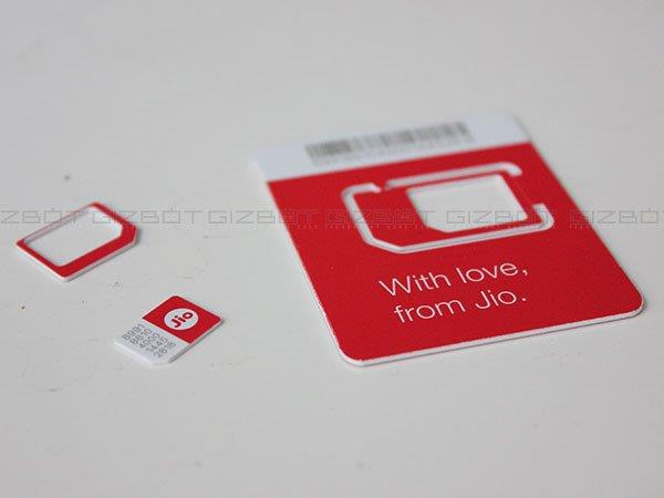 Here's How to Get and Activate a Reliance Jio SIM Card
