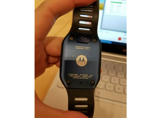Motorola's New Smartwatch Featuring Rectangular Display Leaks Online