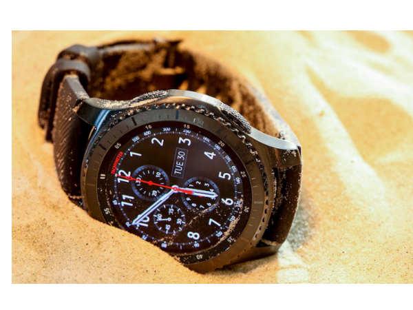 Samsung Gear S3 Classic vs Gear S3 Frontier vs Apple Watch: 5 Things
