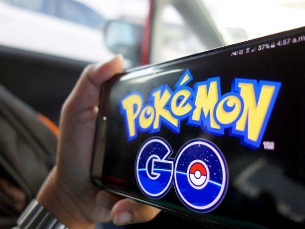 Pokemon GO new distraction for drivers, ups crash risk