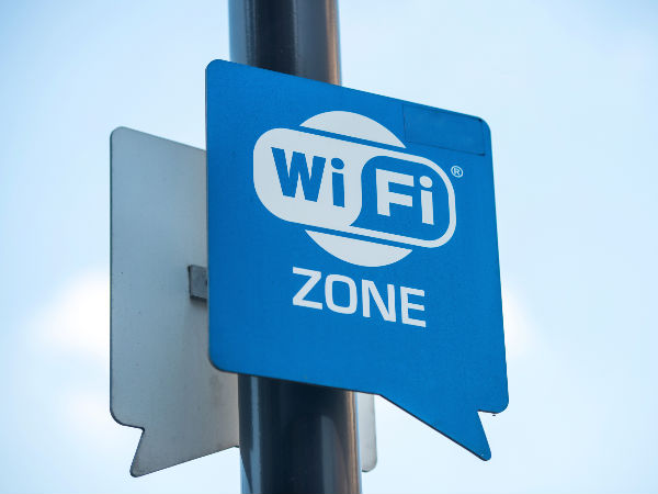 Delhi Airport Express line gets free Wi-Fi