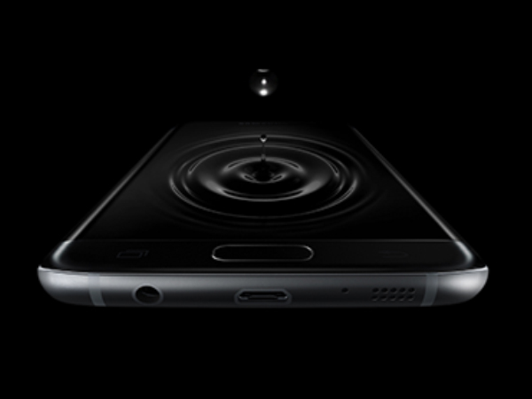 The iPhone 7 and 7 Plus have a secret headphone jack, seriously?