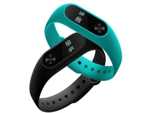 Mi Band 2 – For those who wants to get fit (Rs. 1,999 on Mi.co.in)