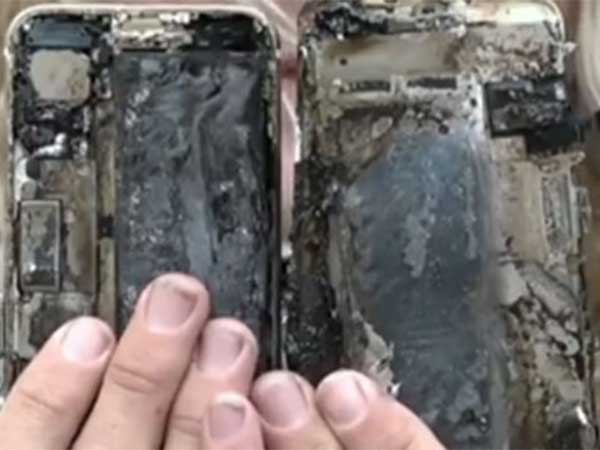 After Samsung Galaxy Note 7, Apple iPhone 7 Catches Fire; Car Damaged