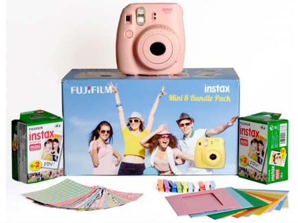 Grab FujiFilm Instax Mini 8 Combos at Great Discounts