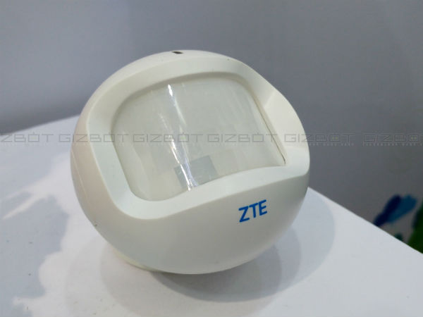 ZTE to launch six smartphones, wearables and other smart products