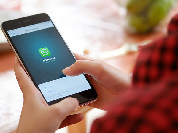 5 Steps to Change Your Friend's WhatsApp DP From Smartphone
