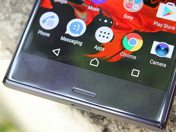 Sony Xperia XZ Review: Great Camera, Decent Performance