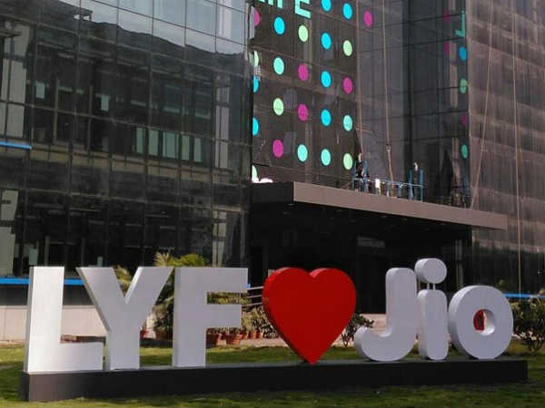 Reliance Jio aims to add 100 million users