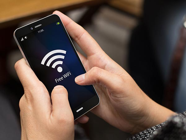 Here are 4 Ways You Can Have Wi-Fi Access Everywhere in India