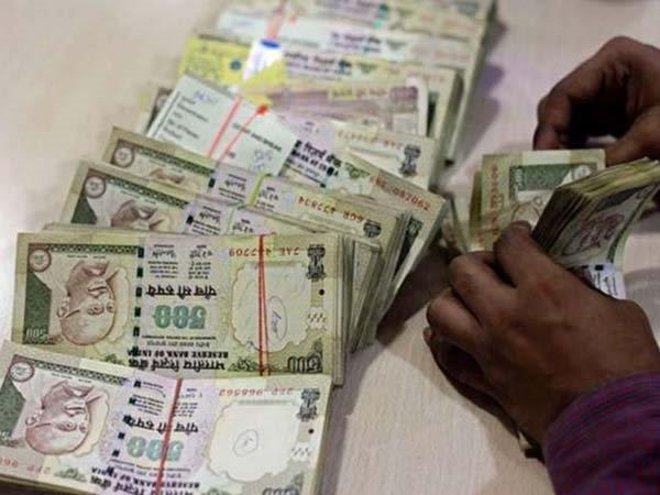 You Might Soon be Able to Buy Mobiles With Old Rs. 500, Rs. 1000 Notes