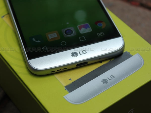LG G5 and Moto Z with Modular Design