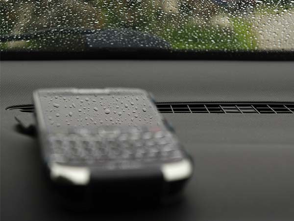 Blackberry is No More Blackberry: Says Will Stop Producing Smartphones