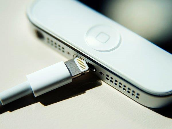 Most Smartphone Chargers are Dangerous: Here's What You Need to Know