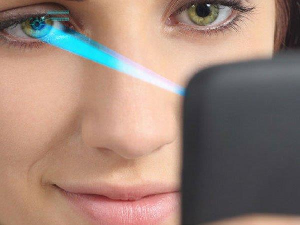 India's First 4G VoLTE Aadhaar-Enabled Smartphone with Iris Scanner