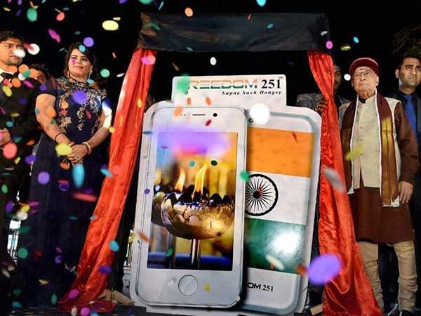 'Freedom 251' Manufacturers Again in a Controversy: Here's Everything that You Need to Know