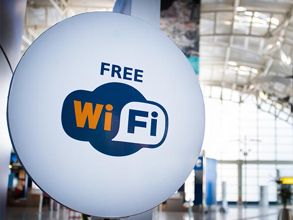 A few tips to stay safe while using public Wi-Fi hotspots