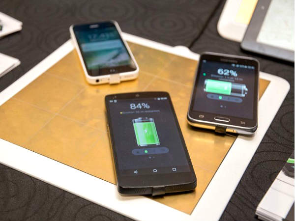 This Sticker Can Add Wireless Charging to Your Smartphone