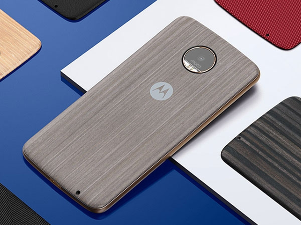 Moto Z (2017) with Snapdragon 835 and Android 7.1.1 Nougat spotted